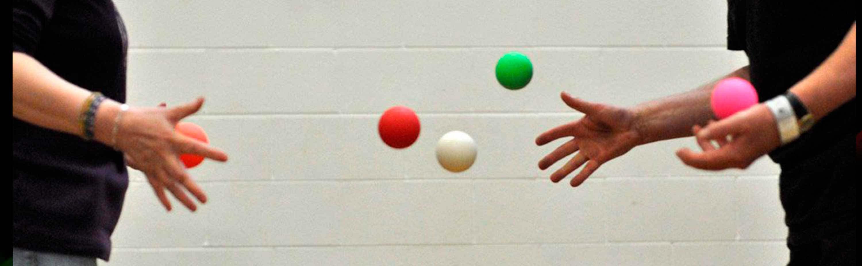 Bounce Juggling Balls