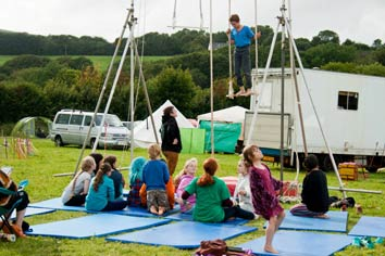 Teaching trapeze at Majical Youth's festival. Copyright: Leo Bentley - Leek Photography