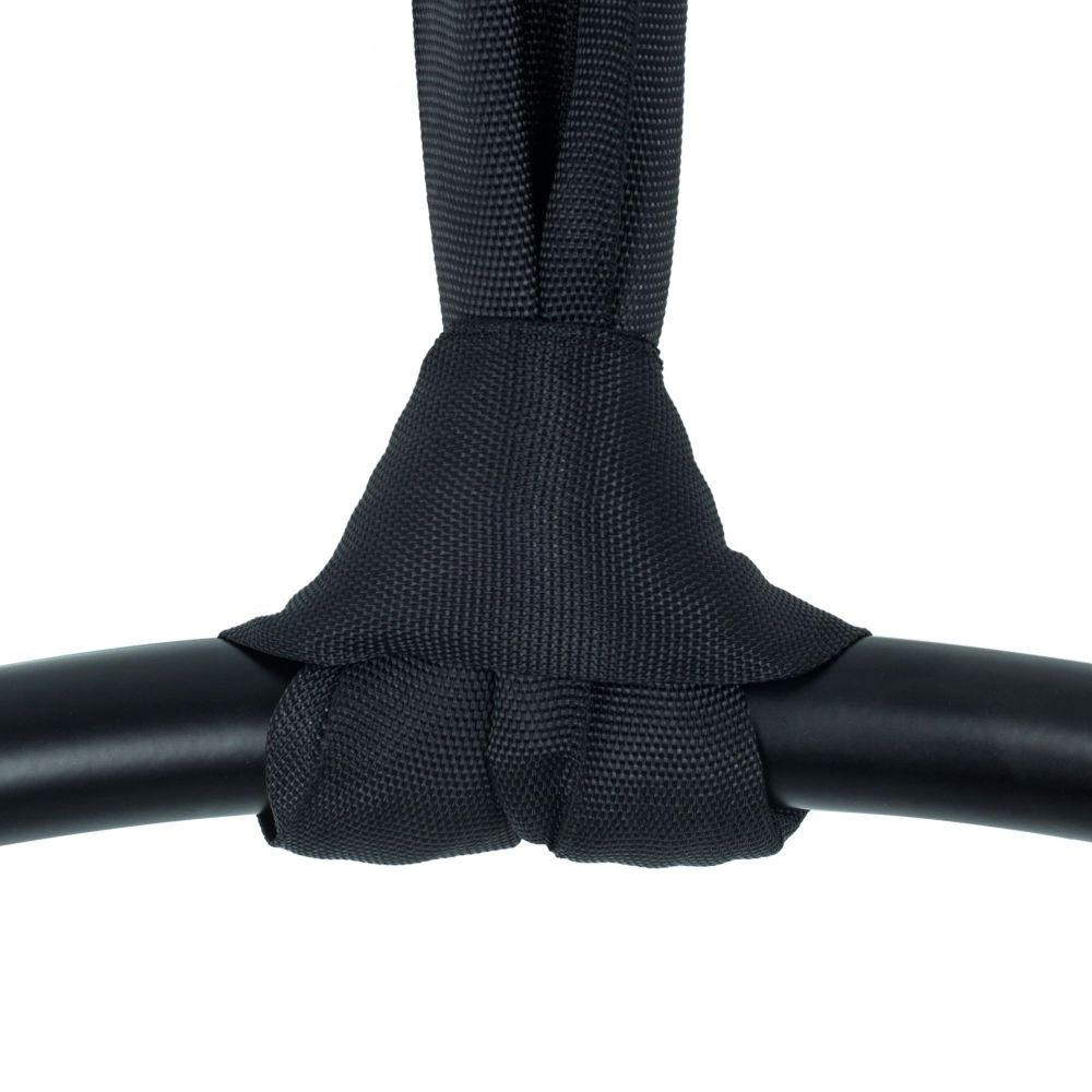A polyester strop tied to an aerial hoop in a choke